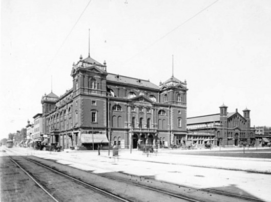 Tomlinson Hall and City Market - Picture courtesy of Historic Indianapolis.com